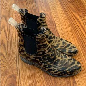 J crew Leopard 🐆 rain boots